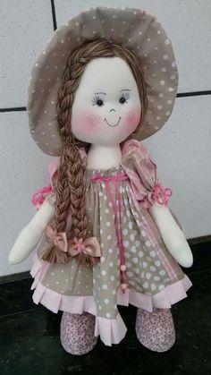 Que linda Doll Wigs, Doll Hair, Doll Clothes Patterns, Doll Patterns, Baby Doll Toys, Lifelike Dolls, Felt Baby, Tatting Patterns, Sewing Dolls