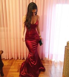 Plunging Neckline Spaghetti Straps Mermaid Evening Dress Sexy 2018 Red Satin Floor Length Formal Party Gowns Simple Long Prom Dresses