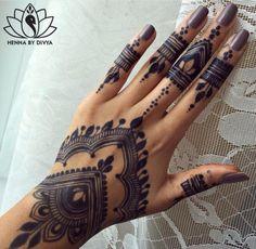 Henna Goals