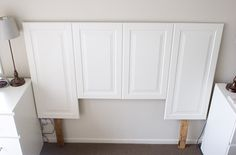 Door Headboard - OHHHH this makes me see cabinet doors in a whole new way! Look out ReStore!Cabinet Door Headboard - OHHHH this makes me see cabinet doors in a whole new way! Look out ReStore! Furniture Projects, Furniture Makeover, Home Projects, Diy Furniture, Painted Furniture, Furniture Design, Diy Cabinet Doors, Diy Cabinets, Kitchen Cabinets