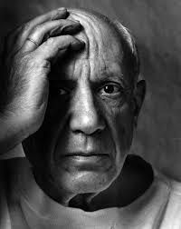 Pablo Picasso portrait by Arnold Newman I find this telling he is shown half in light half in shade His hand position and frown lines imply his inner turmoil Pablo Picasso, History Of Photography, Portrait Photography, White Photography, Inspiring Photography, Johann Wolfgang Von Goethe, Still Life Images, Berenice Abbott, Environmental Portraits
