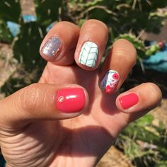 Love the design! Different Nail Designs, New Nail Designs, Acrylic Nail Designs, Acrylic Nails, Us Nails, Love Nails, Hair And Nails, Gel Nail Art, Nail Art Diy