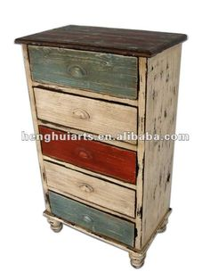 The Shabby Chic décor style popularized by Rachel Ashwell and Arhaus seeks to have an opulent vintage look. Shabby Chic furniture is given a distressed look by covered in sanded milk paint. Refurbished Furniture, Paint Furniture, Upcycled Furniture, Furniture Makeover, Furniture Projects, Dresser Makeovers, Furniture Stores, Furniture Design, Shabby Chic Drawers