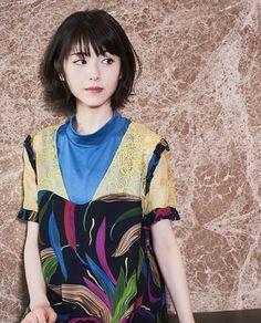 浜辺美波 Japanese Beauty, Girl Face, New Woman, Cute Girls, Asian Girl, Snow White, Idol, Beautiful Women, Actresses