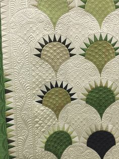 New crazy quilting ideas free pattern 38 ideas Patchwork Quilt Patterns, Machine Quilting Patterns, Longarm Quilting, Free Motion Quilting, Quilting Projects, Crazy Quilting, Quilting Ideas, Quilting Templates, Hexagon Quilting