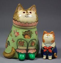 Two Joan & David De Bethel decorated cats: Larger (1976, papier-mache) and smaller (1996, ceramic). £ 340.
