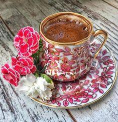 Coffee And Books, I Love Coffee, Coffee Set, Coffee Break, Coffee Time, Coffee Cups, Coffee World, Good Morning Coffee, Happy Morning