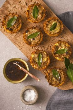 Bite-sized portions of the iconic South African dish. A crispy rice shell stuffed with a sweet mince filling and topped with a creamy egg layer and fresh bay leaf. Savory Snacks, Healthy Snacks, South African Dishes, Creamy Eggs, Holiday Snacks, On The Go Snacks, Appetisers, Curry Recipes, Side Dish Recipes