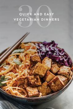 From cauliflower meatballs to coconut curry, here are 30 totally low-maintenance vegetarian dinner recipes to try out.(Recipes To Try) Summer Vegetarian Recipes, Easy Vegetarian Dinner, Veg Recipes, Healthy Dinner Recipes, Vegetarian Meatballs, Coconut Recipes, Healthy Dishes, Vegetarian Meals, Healthy Food Swaps