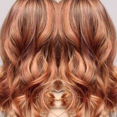 Rose gold balayage Rose Gold Highlights, Red Hair With Highlights, Rose Gold Balayage, Balayage Hair, Hair Inspo, Hair Inspiration, Copper Hair, Spring Hairstyles, Hair Cuts