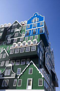 Inntel Hotel Amsterdam-Zaandam von WAM architecten - Hotel Architektur die Tradition mit Moderne verbindet.