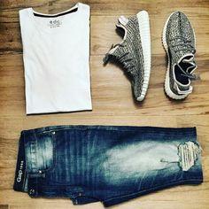 White T/Yeezy 3/Gap Jeans