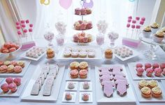 baby shower dessert table 415x265 How to Decorate Baby Shower Table