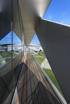 New building Drehmo Wenden / wurm + wurm