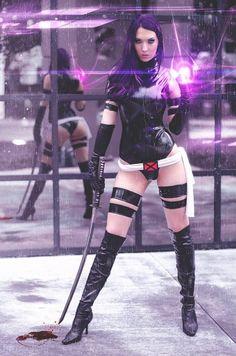 One sexy Psylocke! #Xmen #cosplay