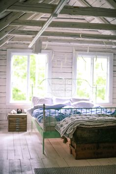 Are you a homeowner looking for a way to create an escape space for yourself in the comfort of your own home? Bedroom Built Ins, Attic Bedroom Small, Attic Rooms, Attic Spaces, Cozy Bedroom, Bedroom Decor, Attic Bathroom, Swedish Bedroom, Casual Bedroom