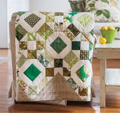 Designer Mary Fons goes green in this quilt, Emeralds, with her interpretation of the traditional Rolling Stone block.