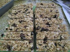 Chef Mommy: No-bake Oatmeal Raisin Granola Bars