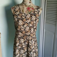Vintage Molly Molloy Floral Maxi Corset Dress Vintage Summer Chic corset back Molly Molloy Floral Maxi Dress size 6. In excellent used condition. 100% Rayon. Flat lay measurements are : 51' length / 19' bust armpit to armpit / 16' waist / 22' hip. Please let me know if you have any questions before purchasing. No lowballs, trades, modeling. 30% discount when using bundle feature. Vintage Dresses Maxi