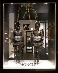 Moncler windows 2014 winter, Budapest » Retail Design Blog