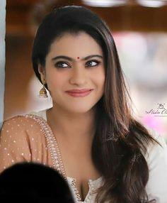 Bollywood Actress Hot Photos, Tamil Actress Photos, Beautiful Bollywood Actress, Most Beautiful Indian Actress, Beautiful Actresses, Bollywood Stars, Kajol Image, Vintage Bollywood, Indian Celebrities