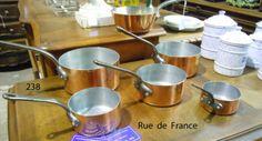 ANTIQUE - 5  VINTAGE FRENCH COPPER KITCHEN MASTERCHEF PANS