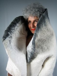 Elisabeth Berthon designs felt garments and accessories for her fashion line, Lola Bastille, available online. Elisabeth lives in France. Nuno Felting, Needle Felting, Fashion Line, Fashion Art, Textiles, Clothing Boxes, New View, Bastille, Felt Dolls