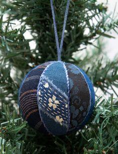 Boro-Cloth: boro ball tutorial takes I Christmas Colors, All Things Christmas, Christmas Crafts, Christmas Bulbs, Christmas Presents, Christmas Time, Christmas Ideas, Quilted Ornaments, Holiday Ornaments