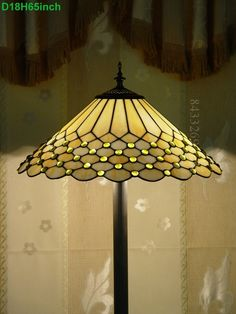 Pearl Tiffany Lamp	18S8-77F9