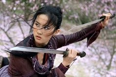 All about: Disney cast Chinese actress Liu Yifei as lead in live-action remake of 'Mulan' - HD Photos The Forbidden Kingdom, Kung Fu, Disney Cast, Disney Films, Disney Villains, Disney Princesses, Disney Characters, Live Action, Watch Mulan