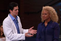 To squeeze or not to squeeze? Dermatologist Dr. Will Kirby joins the show to answer your biggest acne questions. Plus, see the video of a woman with a 25-year-old pimple!