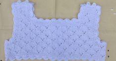 CUERPO PARA VESTIDO DE HILO BLANCO Talla 1 año Material Hilo de bebé color blanco 100% algodon marca PETRA (artículo 993A, gr... Crochet Fabric, Knit Crochet, Crochet Patterns, Knitting For Kids, Baby Knitting, Crochet Girls, Baby Sewing, Free Pattern, Kids Fashion