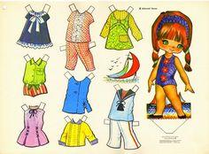 Kathleen Taylor's Dakota Dreams: Thursday Tab- Victoria, Spanish Dolls from 1979 Paper Art, Paper Crafts, Decoupage, Paper Dolls Printable, Vintage Paper Dolls, Crochet Bunny, Retro Toys, Stuffed Animal Patterns, Sweet Memories