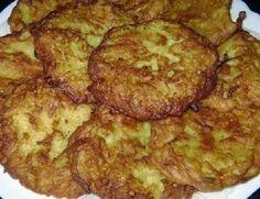 Sastojci: – 4 kom većih krumpira – 1/2 dl vrućeg mlijeka – 4 žlice brašna – 2 kom jaja – 3 češnja češnjaka – papar – sol – vegeta Priprema: Sviježi krumpir naribati Preliti ga sa vrućim mlijekom...