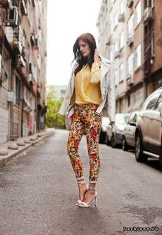Floral print pants