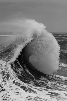 Awesome black and white wave photo.