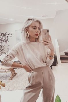 Laura Jade Stone See other ideas and pictures from the category menu…. Faneks healthy and active life ideas Mode Outfits, Fashion Outfits, Womens Fashion, Fashion Clothes, Ladies Fashion, Classy Outfits, Casual Outfits, Casual Ootd, Warm Outfits