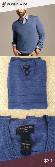 Men's Banana Republic Merino V-Neck Sweater Only worn once! Men's Banana Republic Merino Wool V-Neck sweater in blue size Large. Excellent condition! 1st pic to represent style. Actual sweater is pics 2-4. Bundle & save! Banana Republic Sweaters V-Neck