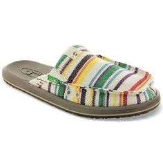 I hate shoes. Sanuk Shoes, Shoes Sandals, Comfy Shoes, Comfortable Shoes, Fashion Shoes, Fashion Accessories, Girl Fashion, Fashion Design, Just Girly Things