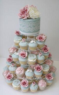 Blue, Pink, White Vintage Cake & Cupcakes