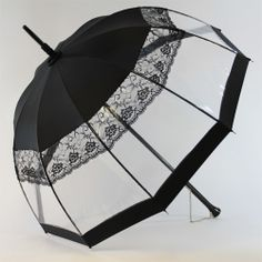 Parapluie Neptune Noir: Transparent beauty of rain through the umbrella / Heurtault Paris Lace Umbrella, Under My Umbrella, Sun Parasol, Vintage Umbrella, Cute Umbrellas, Umbrellas Parasols, Going To Rain, Victorian Goth, Singing In The Rain
