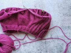 5 plagg jag skulle vilja sticka eller virka i höst Knitted Hats, Winter Hats, Knitting, Fashion, Threading, Moda, Tricot, Fashion Styles, Breien