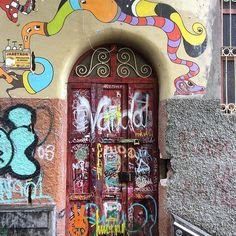 Everybody knows about Barcelona's main sights, but most people have no idea how to experience the city like a local. I am sharing my six favorite off-the-beaten-path places!