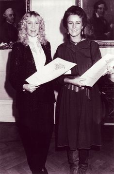 """On November 11 1981 the ABBA received the award  from the Academy of Swedish Music for the best LP recorded in Sweden - """"Super Trouper"""". Björn and Benny did not attend the reception as they were busy in the recording studio.( Grammofon Priset ❤ )"""