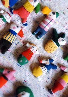 handmade dolls by Ryoko Ishii Softies, Handmade Toys, Handmade Art, Conkers, Paperclay, Little Doll, Doll Maker, Soft Dolls, Soft Sculpture