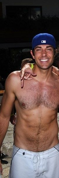 Zachary Levi.......................................………………drool………