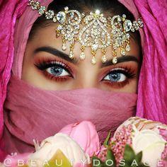 Bridal Makeup Looks, Wedding Makeup, Huda Beauty, Beauty Makeup, Sexy Makeup, Makeup Eyes, Yoga Hair, Arabic Makeup, Indian Makeup