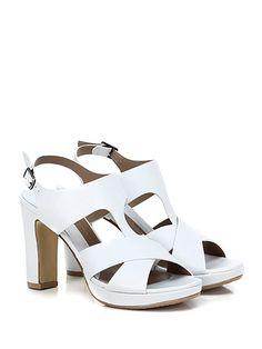 AUDLEY - Sandalo alto - Donna - Sandalo alto in pelle con cinturino alla caviglia e suola in cuoio e gomma. Tacco 105, platform 30 con battuta 75. - WHITE - € 189.00