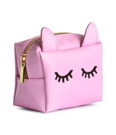 Small, square bag in imitation patent leather with a zip at top. Size 2 x 2 x 3 in. Stylish School Bags, Cheap School Bags, H&m Fashion, Fashion Bags, Unicorn Pencil Case, Cute School Supplies, Pouch Bag, Kids Bags, Cute Bags