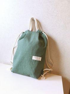 送料無料*2wayナップサック ハーフリネン アッシュグリーン My Bags, Purses And Bags, Produce Bags, Fabric Bags, Handmade Bags, Bag Making, Canvas Tote Bags, Fashion Bags, Shopping Bag